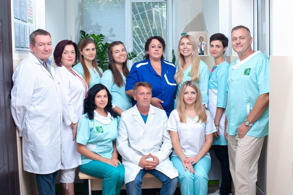 Лікарі медцентру Авіцена на Чехова